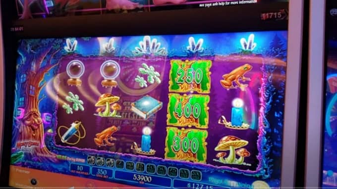 What is Return to Player (RTP) on a slot machine?