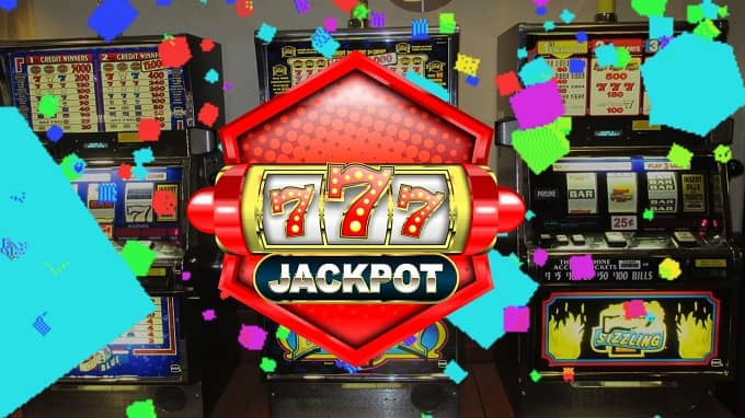What are the types of slot machine tournaments?