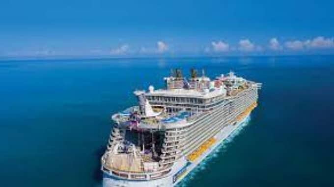 Are you looking for casino boat or luxurious casino cruise ship near you?